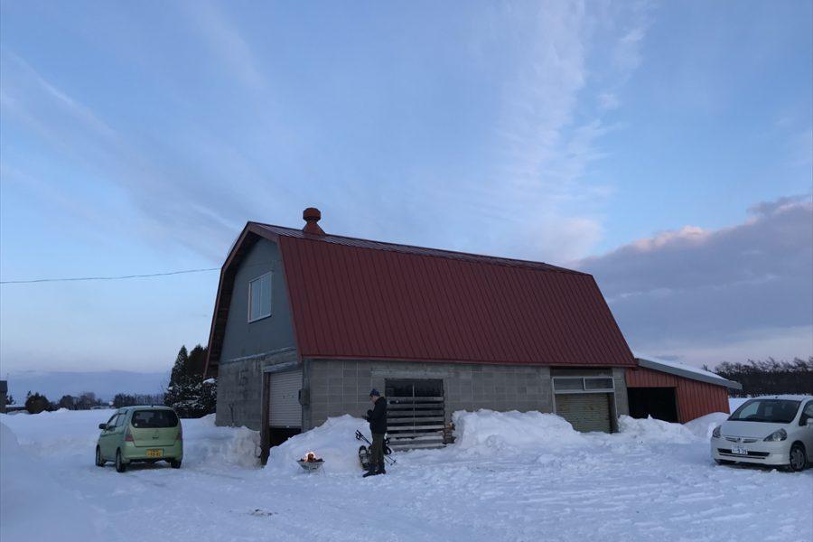 納屋の中は暖房があります